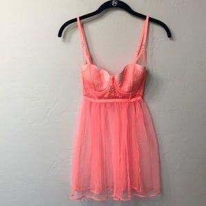 Victoria's Secret bright orange top. Size 34C. NWT